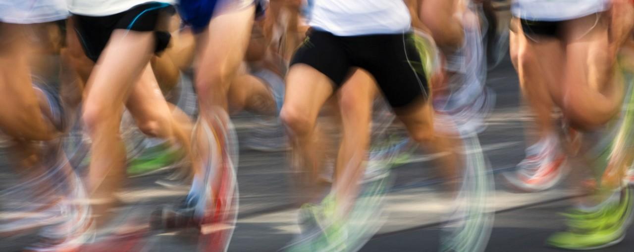 benen bij hardloopwedstrijd met visueel effect